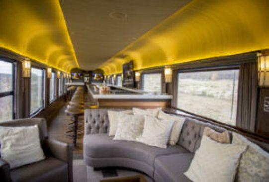 Recorridos en tren por México que debes hacer por lo menos una vez en la vida - chepe-express-300x203