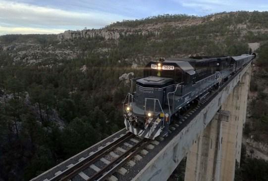 Recorridos en tren por México que debes hacer por lo menos una vez en la vida - tren-turistico-tijuana-tecate-300x203
