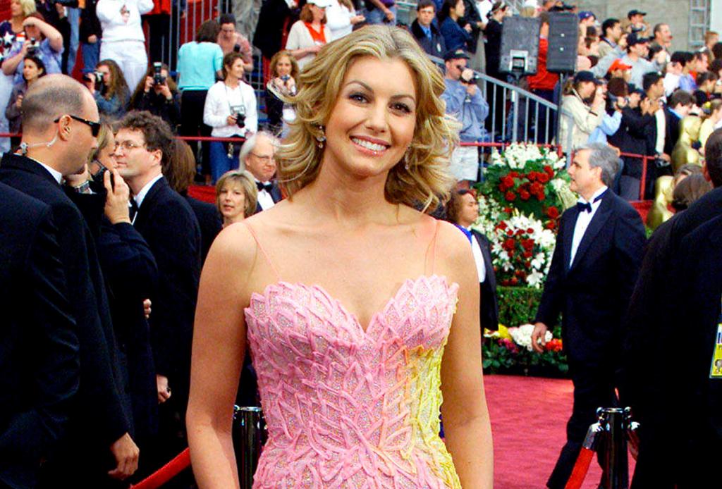 Estos son los peores vestidos de la historia en los premios Oscar - vestidos-oscares-7