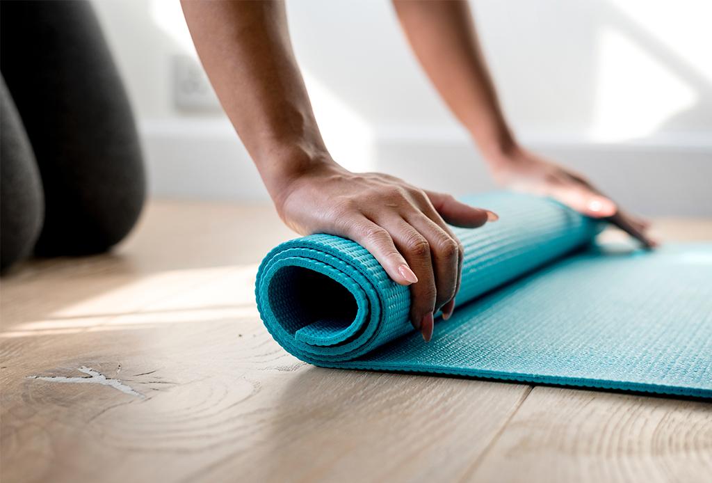 6 increíbles cosas que suceden si haces yoga regularmente - yoga-diario-6