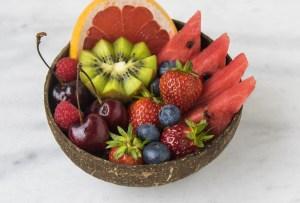 Estas son las frutas con más azúcar que debes evitar comer en exceso