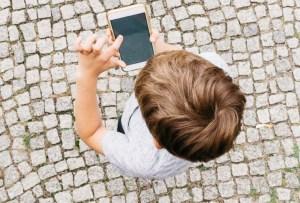 Recomendaciones para cuando compres un celular para tu hijo