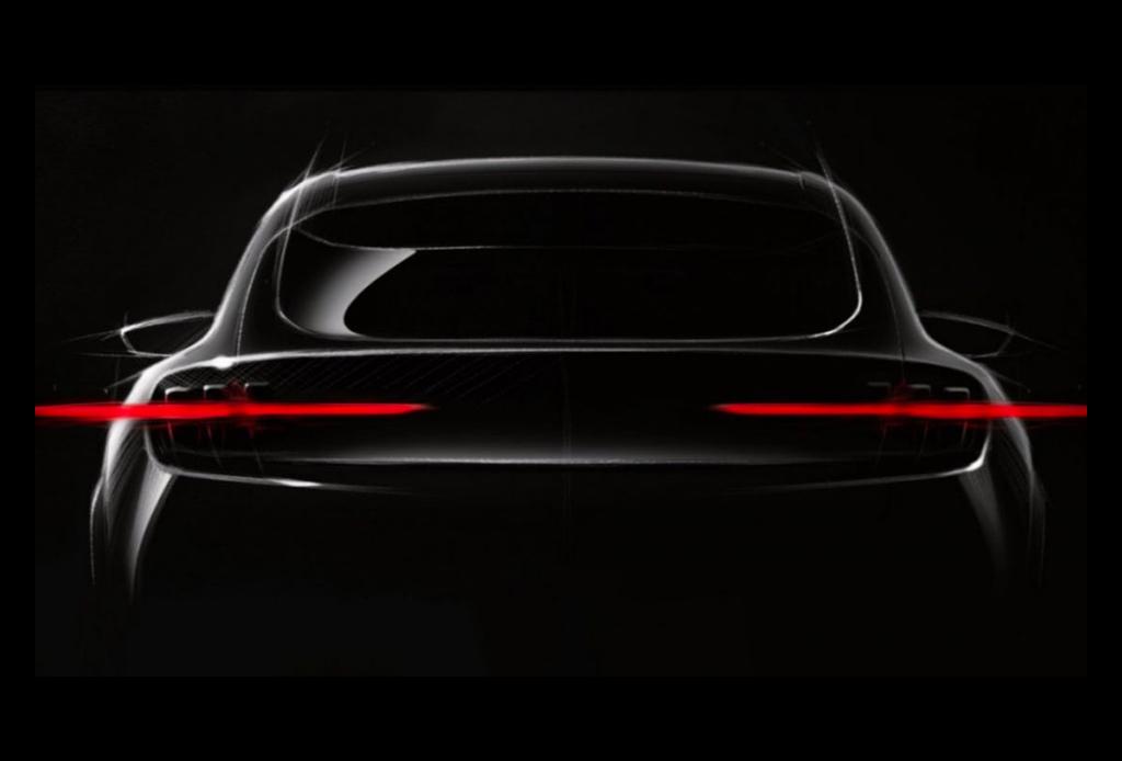 Uno de los autos que le hará competencia a Tesla se hará en México - mustang-electrico-2