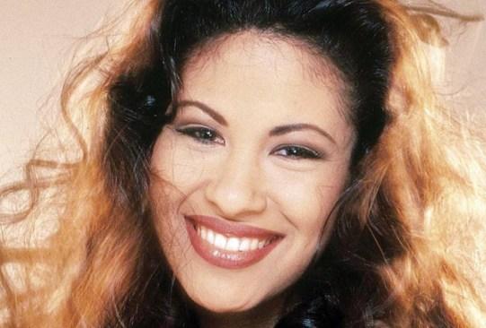 ¡Recordemos a Selena con esta playlist! - selena-mejores-canciones-playlist-1-300x203