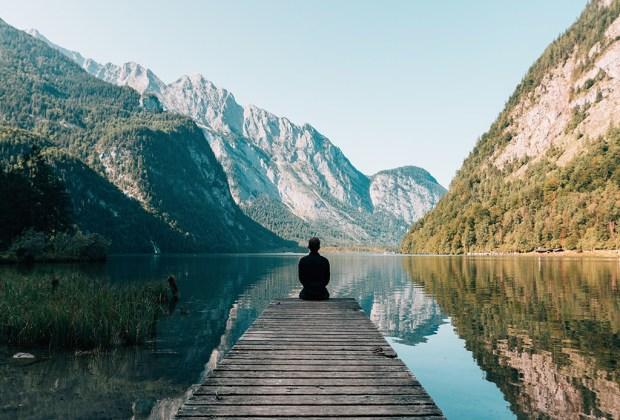 ¿Sabes qué le pasa a tu cerebro cuando meditas? - cerebro-meditacion-2