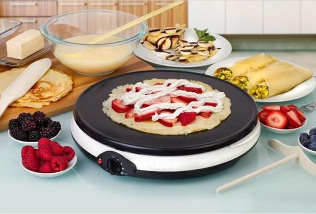 5 gadgets esenciales para hacer deliciosos y sencillos postres en casa - crepe-maker-4-1024x694