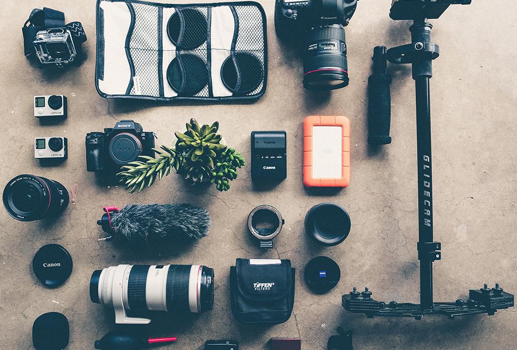 ¿Sales de viaje pronto? Esto es lo que puedes y lo que no puedes llevar en la maleta de mano - equipaje-mano-8-1024x694