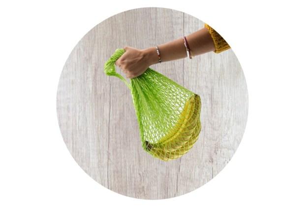 Alternativas para ayudar al medio ambiente y conservar tus alimentos - bolsas-red-alimentos