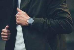 ¿No sabes qué regalarle a papá? Estos relojes son la mejor opción para él