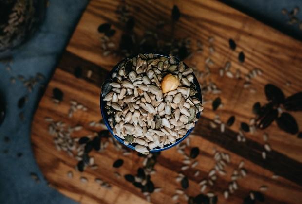 7 semillas que amarás para la digestión (y tu salud en general) - semillas-digestion-7-1024x694