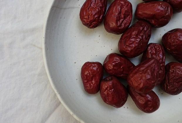 Alimentos que balancean y sanan, según el Ayurveda - datiles