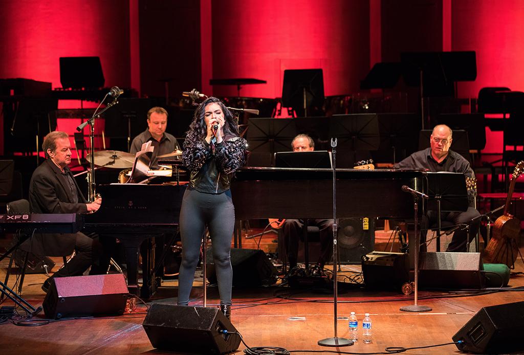 """""""The Music of Selena"""", el tributo que hará la Orquesta Sinfónica de Houston - music-of-selena-2-1024x694"""
