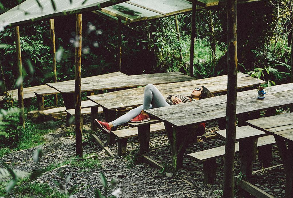 Aprende a tomar siestas sin sentirte más cansado después - siesta-5-1024x694