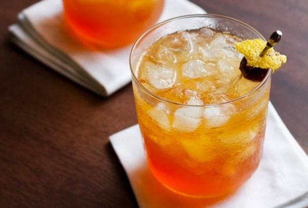 3 cócteles con Torres 10 para darle un toque especial a tus fiestas familiares - ginger-10-brandy-coctel