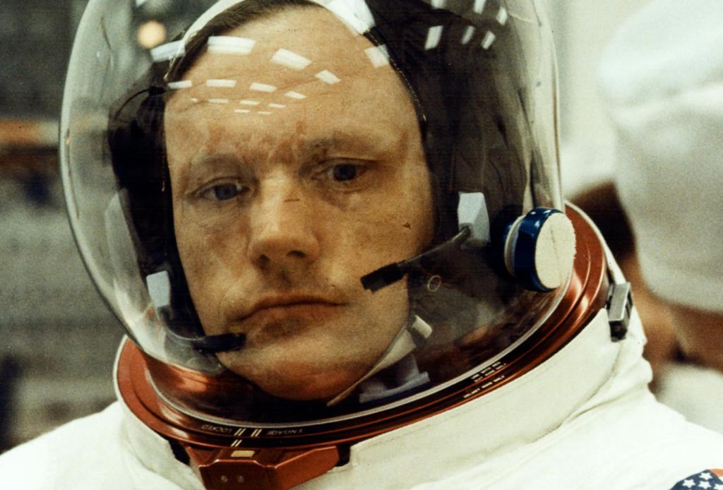 Una playlist con las canciones que escuchó Neil Armstrong en su primer viaje a la Luna