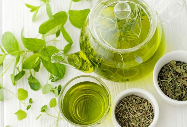 Los botánicos con mayores beneficios que debes buscar en tus productos de skincare - te-verde