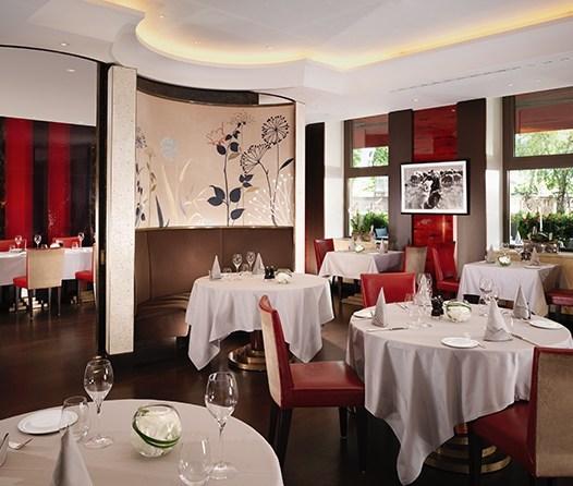 Le Richemond, el histórico y lujoso hotel en Ginebra que debes visitar - le-richemond-salon