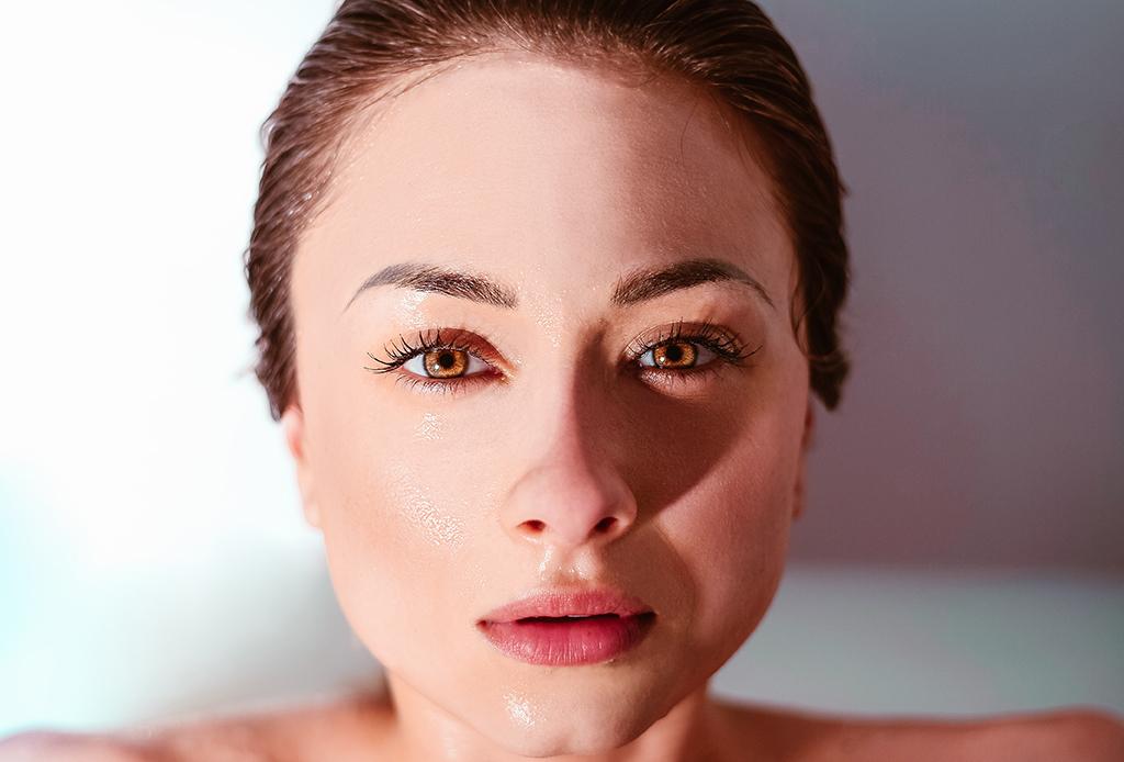 Esta es la forma ideal de preparar tu piel para el maquillaje - piel-maquillaje-1-1024x694