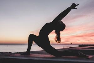 ¿Listo para flow yoga? Te tenemos una playlist alternativa