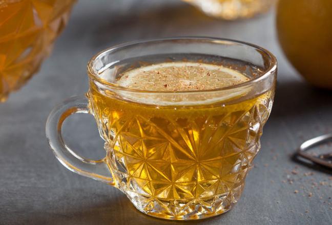 ¿No sabes qué drinks preparar para tu cena de Thanksgiving? ¡Te damos la solución! - makers_mark_fancy_bourbon_punch_beauty_img_6908-1024x439-1