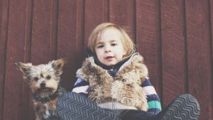 Cosas que debes considerar antes de darle una mascota a tus hijos
