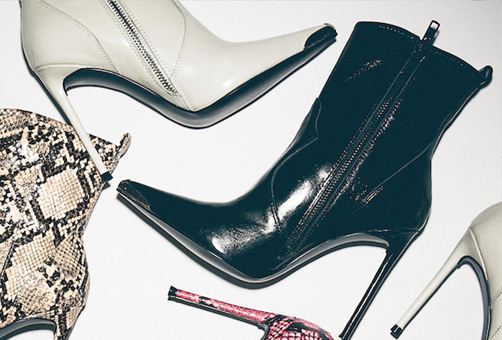 La colección de Winnie Harlow x Steve Madden tiene los zapatos que vas a querer ¡YA! - tina-black-shinny-steve-madden-winnie-harlow