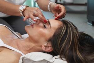 Conoce el tratamiento facial de las celebrities para lucir radiante en la red carpet
