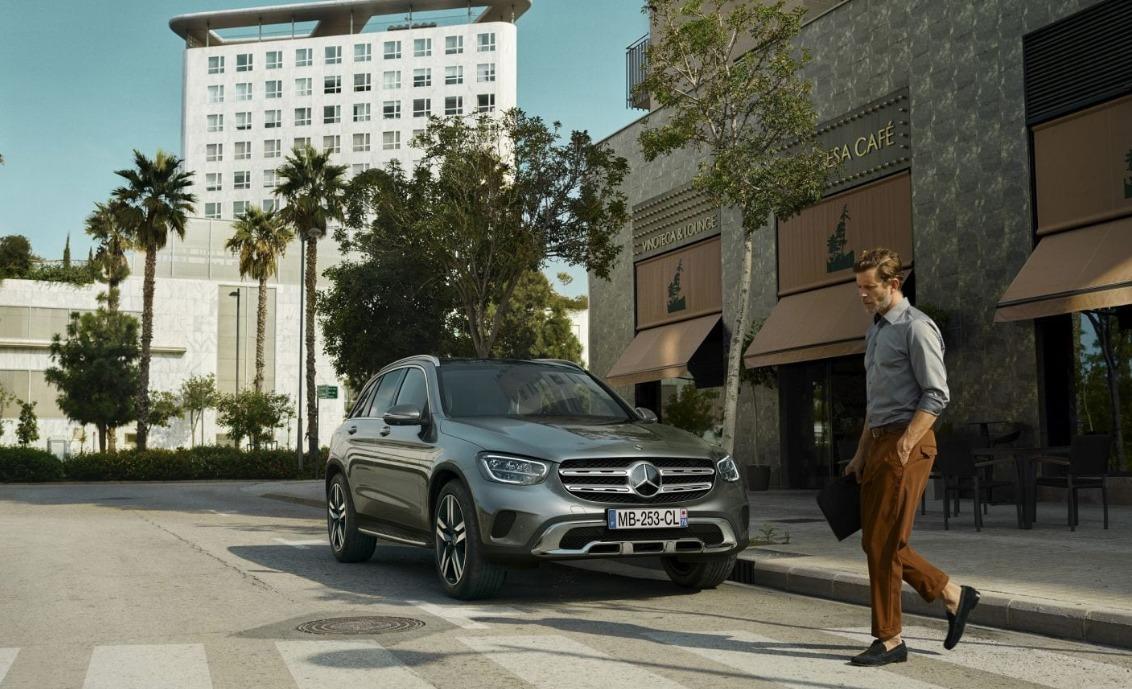 Los países con más autos de lujo en el mundo - corea-mercedes-copy