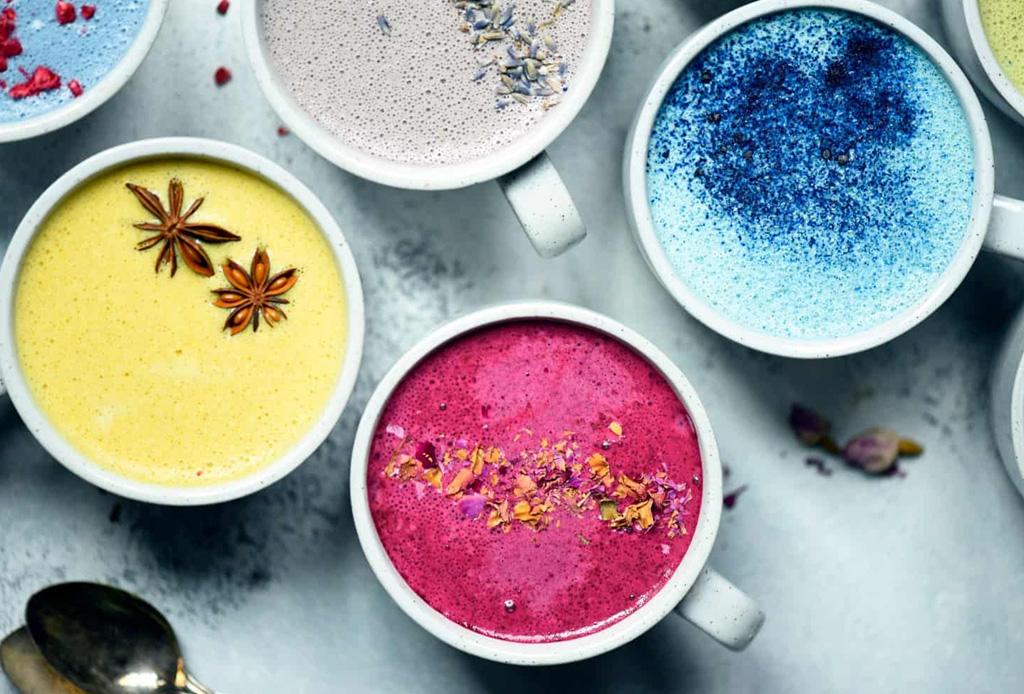 ¿Cómo hacer lattes de colores naturales? AQUÍ la respuesta