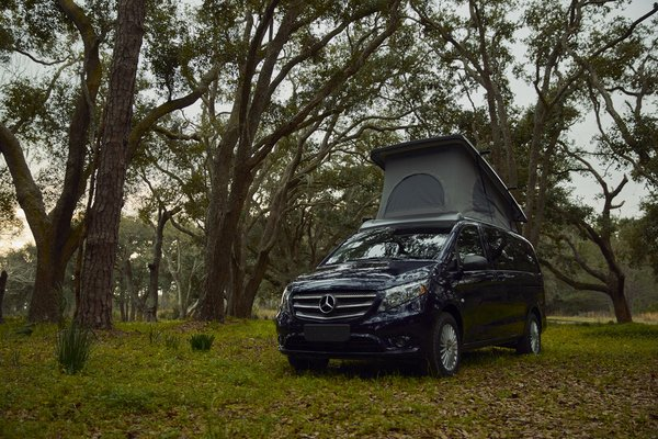 Mercedes-Benz presenta su primera 'caravan' con techo emergente