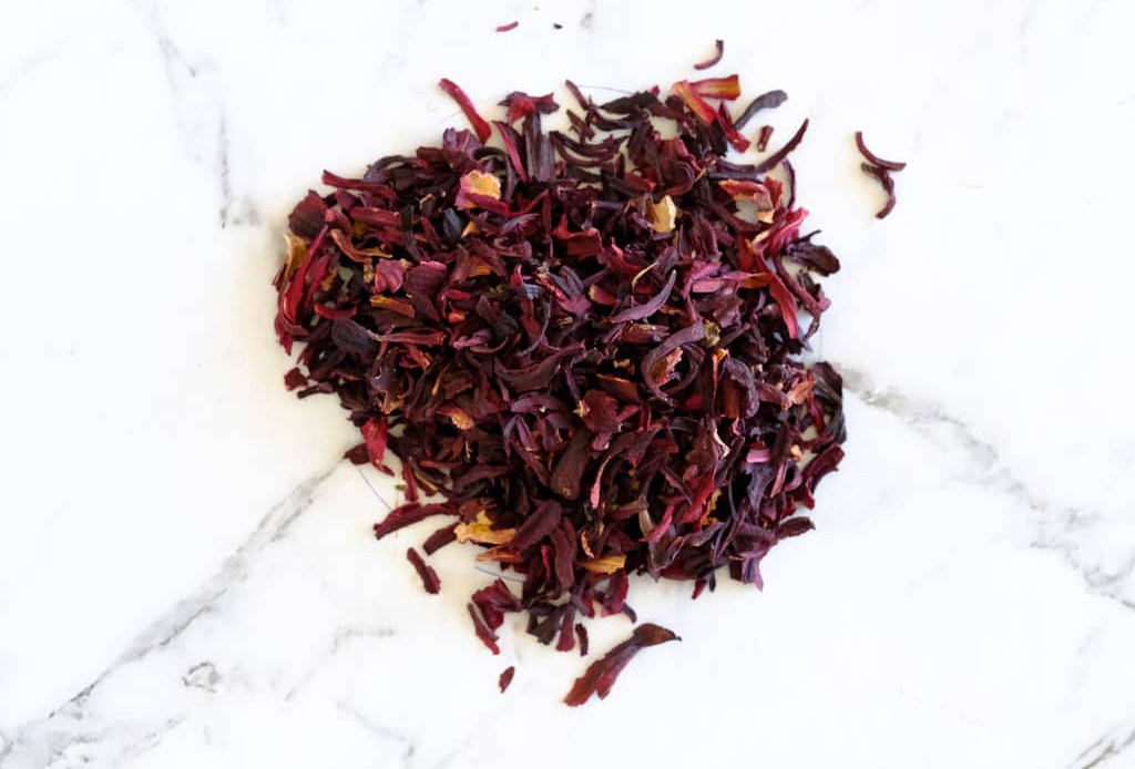 La flor de jamaica se convertirá en tu nuevo ingrediente favorito de skincare, ¡te decimos por qué! - te-hibiscus