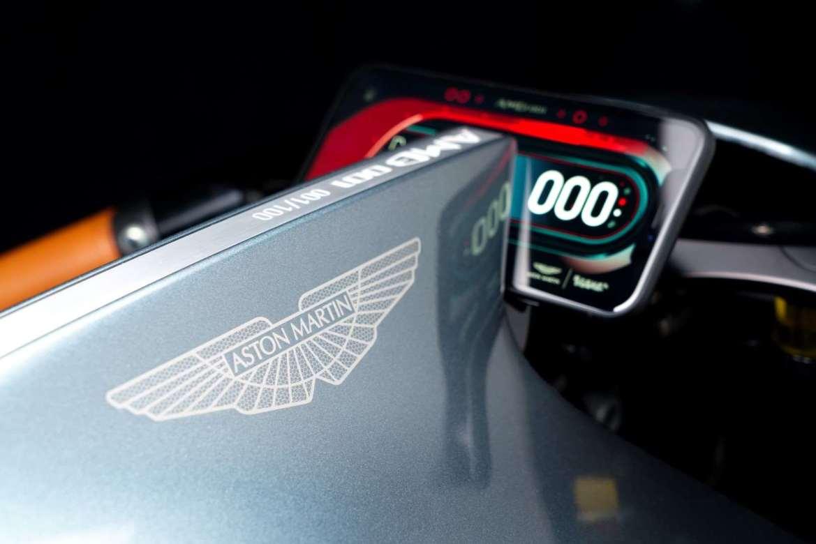 """Aston Martin creó la AMB001, la """"moto de tus sueños"""" - aston-martin-amb001"""