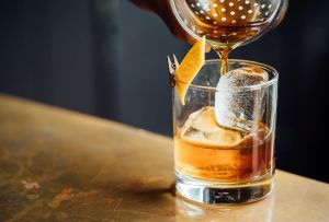 Los Drinks de Hanky Panky, Wakiki Tiki Room y más, puedes pedirlos hasta la puerta de tu casa