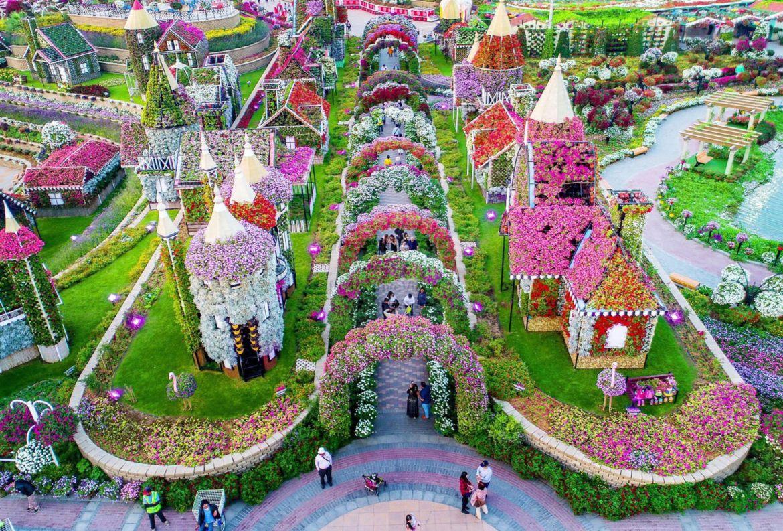 Los jardines botánicos más bonitos del mundo ¡tienes que visitarlos! - dubai-miracle-garden-1