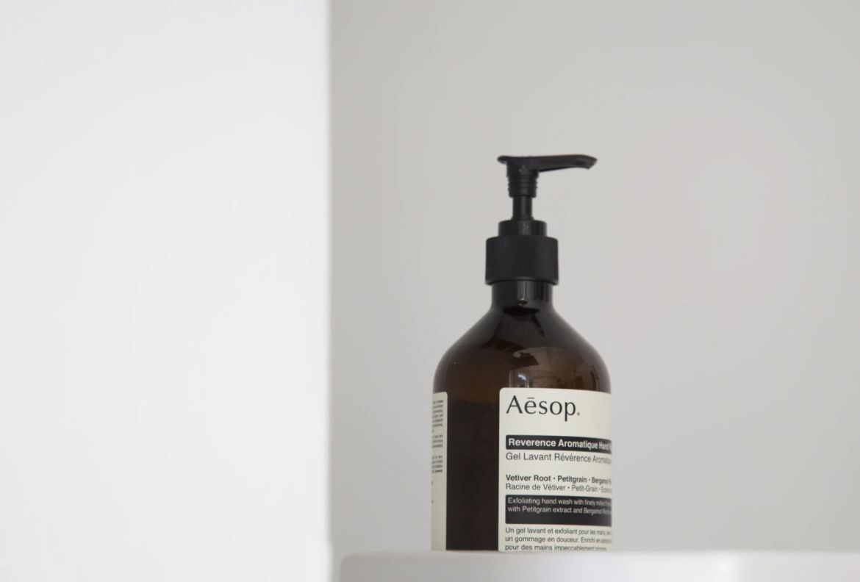 5 tips para proteger tu piel de tantas lavadas de manos a diario - jabon-liquido-manos