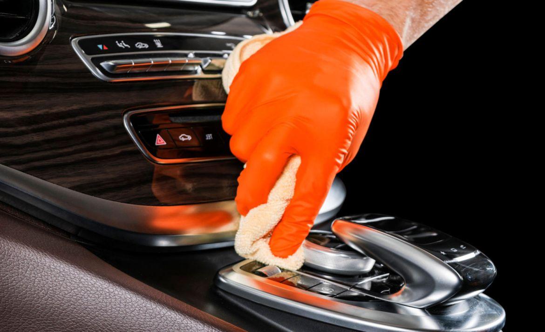 Cómo limpiar y desinfectar tu auto a la perfección - lavar-auto