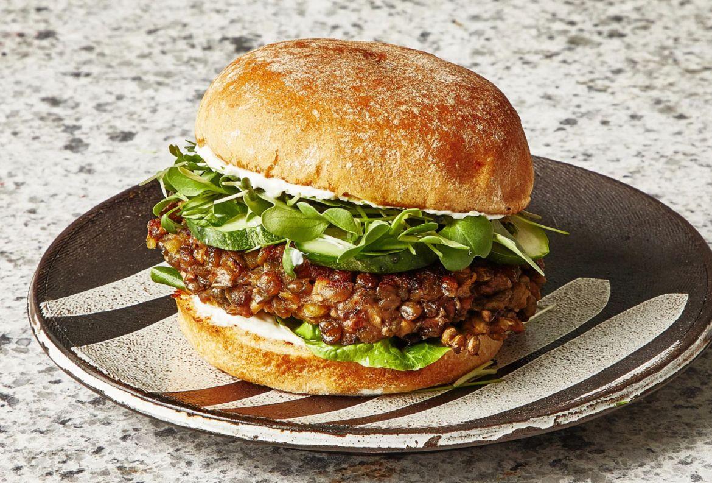 Prepara esta receta vegana a prueba de todos: Hamburguesa de lentejas - receta-hamburguesa-de-lentejas-1
