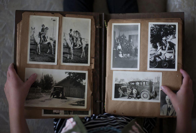 5 envíos que puedes hacerle a tus abuelos para recordarles lo mucho que los amas - regalo-fotografia