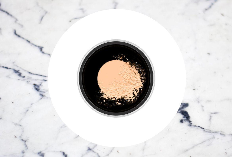 5 pasos para tu beauty look antes de cualquier reunión online - studio-fix-perfecting-powder