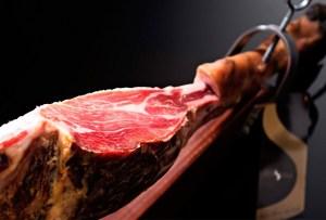 ¿Conoces las diferencias entre el jamón serrano y el jamón ibérico?