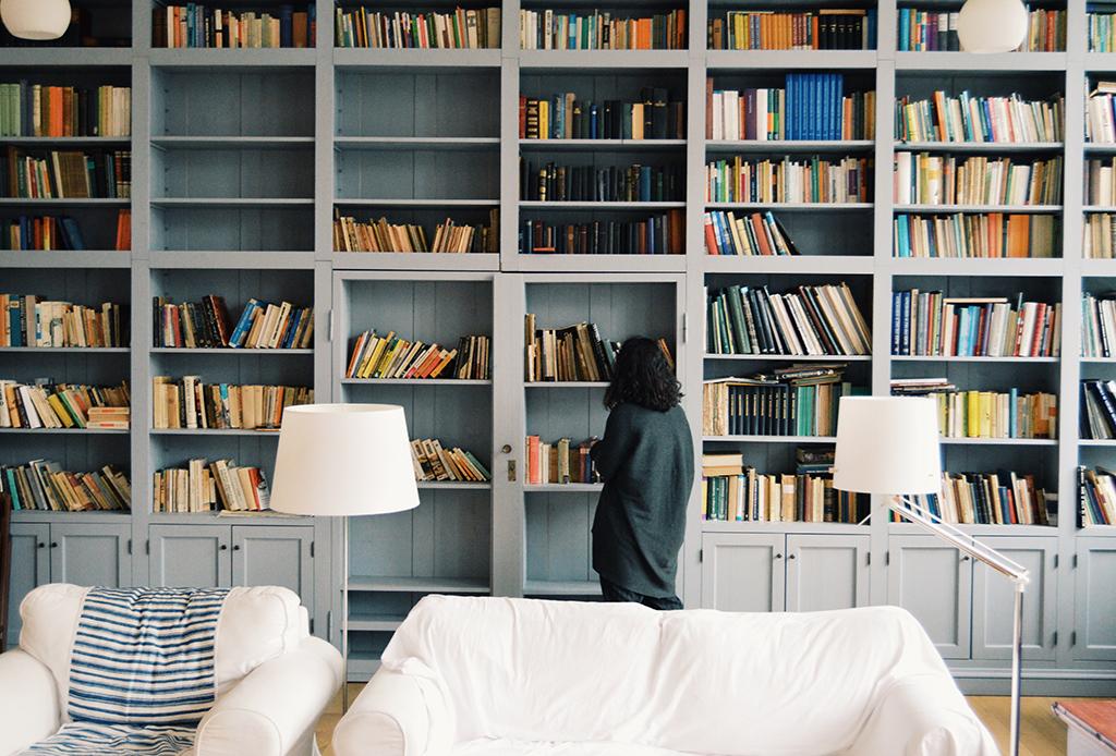 ¿No logras terminar un libro? Hay una razón por la que cuesta más trabajo leer en cuarentena - leer-pandemia-3