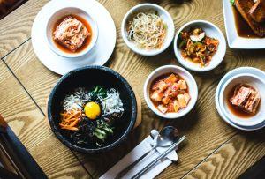 Recorre el sur de Asia a través de la comida de estos deliciosos restaurantes