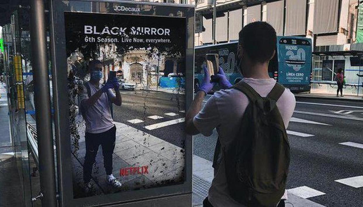 No, lo que está pasando no es un episodio más de Black Mirror, aunque parezca