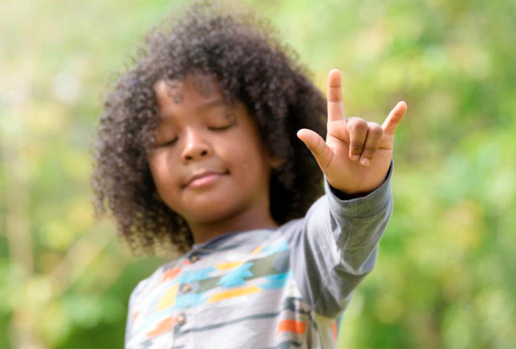 ¿Te interesa aprender lenguaje de señas? Hazlo con estas apps