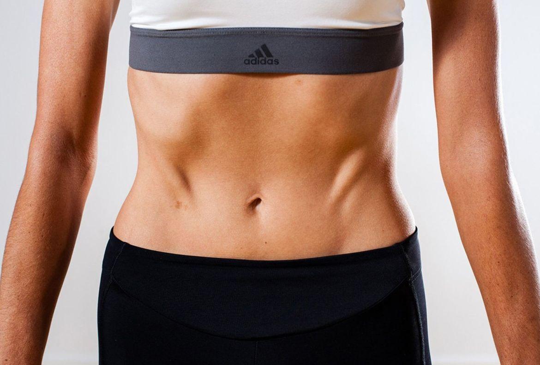 Qué son los abdominales hipopresivos y cómo hacerlos en casa - abdominales-hipopresivos-en-casa
