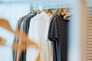 Dile adiós al fast fashion y rediseña tu ropa con thrift flip