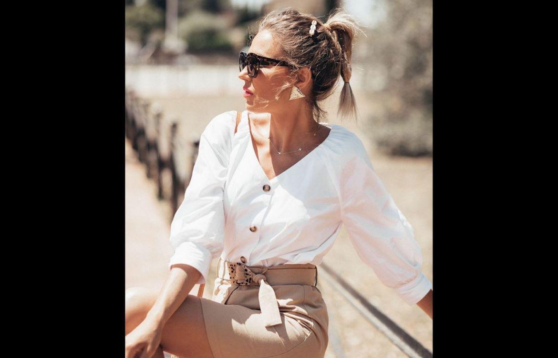 Estas son las prendas básicas que nunca pasarán de moda, ¡indispensables en nuestro armario! - blusa-blanca