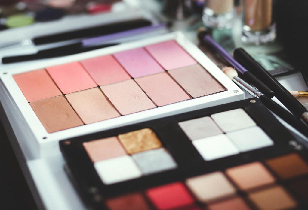 ¿Sabías la importancia de renovar tu makeup? ¡No te lo puedes perder! - disencc83o-sin-titulo-53