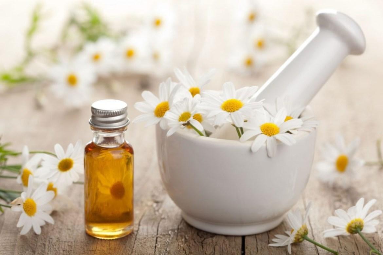 Pruebas estos aceites naturales que harán maravillas en tu cara - manzanilla