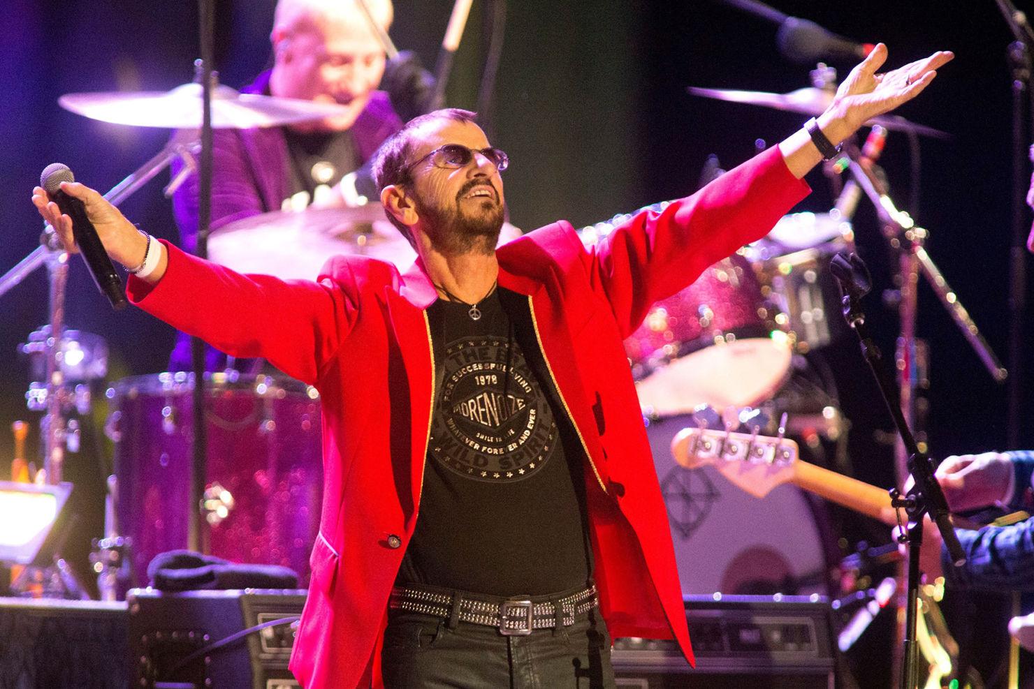 Celebra el cumpleaños de Ringo Starr con un concierto en vivo desde Youtube